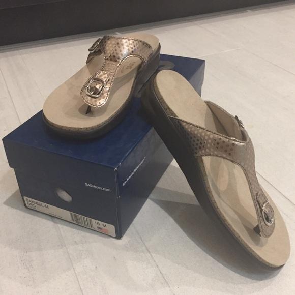 3a2d6c074b41bd Sanibel Oro SAS Sandals NEW in box